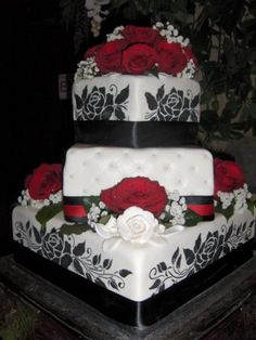 sparrow 39 s options on pinterest wedding cake red cake ideas and budget wedding. Black Bedroom Furniture Sets. Home Design Ideas