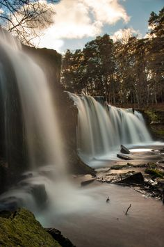 Keila juga (Keila waterfall) - Keila-Joa, Harjumaa, Estonia Copyright: Justinas Kondrotas