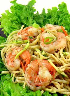 One Perfect Bite: Shrimp N' Noodle Bowls Shrimp Dishes, Shrimp Recipes, Fish Recipes, Pasta Dishes, Asian Recipes, Healthy Recipes, Ethnic Recipes, Shrimp Salads, Healthy Eats