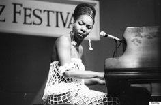 nina simone CHILDHOOD PHOTOS | Nina Simone's childhood dream was to perform at Carnegie Hall, a dream ...