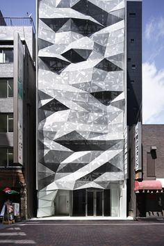 design Amano Design Office have designed the Dear Ginza Building in Tokyo, Japan. Nine Hours - Jonathan Savoie > Architecture Ins. Architecture Unique, Detail Architecture, Interior Architecture, Japanese Architecture, Installation Architecture, Parametric Architecture, Architecture Diagrams, Architecture Portfolio, Amazing Buildings