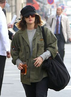 Drew Barrymore Military Jacket - Drew Barrymore went for a grungy look at yoga in a military jacket and cap.