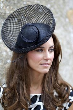 Kate Middleton Photos: Kate and Pippa Middleton are Wedding Guests