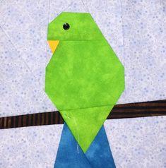 Parakeet Paper Pieced Block Pattern in PDF Paper Pieced Quilt Patterns, Quilt Block Patterns, Pattern Blocks, Quilting Projects, Quilting Designs, Bird Quilt Blocks, Mug Rug Patterns, Animal Quilts, Lap Quilts