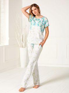 Artış, Pijama Takımı, Artış Kısa Kollu Pijama Takımı 1319, Kapıda Ödeme ve 12 Taksitle Satın Alın. WhatsApp Sipariş 0534 916 95 68