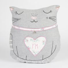 Vintage Cat Cushion Shabby Chic Animal Scatter Pillow & Inner by Sass & Belle Cat Lover Gifts, Cat Gifts, Cat Lovers, Owl Cushion, Cushion Cover Designs, Sass & Belle, Printed Cushions, Velvet Cushions, Vintage Cat