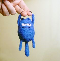 very cute idea...I will probably make one out of clay....hopefully it will have as much personality...