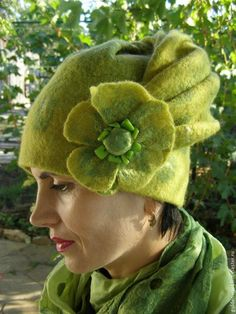 "Nice turorial in Russian Felted Hat Валяная шапочка ""Аромат черного мака"" - Ярмарка Мастеров - ручная работа, handmade"
