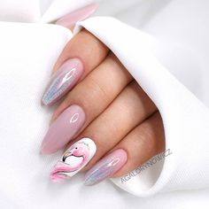 There are a variety of unique nail art designs. Flamingo nail design seems to be the best trend in the current season. Flamingos on white or pink backgrounds are great nail art designs. Of course, Flamingo Nail design is not limited to this, nail art Glam Nails, Pink Nails, Beauty Nails, Cute Nails, My Nails, Long Acrylic Nails, Acrylic Nail Art, Stylish Nails, Trendy Nails