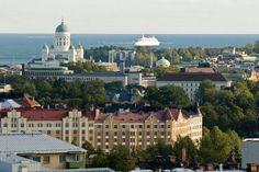 Finlandia: Un vehículo arrolla a una multitud en Helsinki y deja varios heridos. Las personas damnificadas se encontraban cerca de una estación del metro