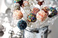 Holiday Brownie Party Pops skinny mini recipe...Beautiful Presentation & Yummy !