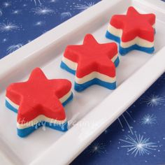 Red, white, and blue Fourth of July dessert recipes and ideas #recipe