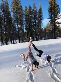 Best Friend Pictures, Friend Photos, Good Vibe, Ski Season, Winter Photos, Cute Friends, Best Friend Goals, Winter Fun, Dream Life