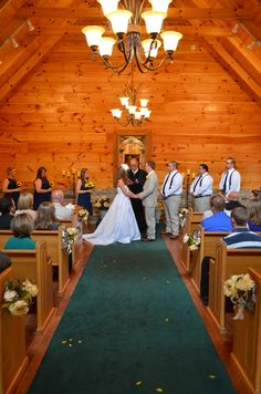 Little Log Wedding Chapel Gatlinburg Tn