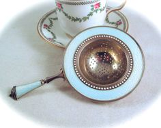 Your place to buy and sell all things handmade Tea Strainer, Tea Infuser, Argent Sterling, Sterling Silver, Tea Tins, Tea Caddy, Tea Art, Chocolate Pots, David