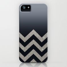 BLACK+FADING+SILVER+CHEVRON+iPhone+