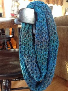V stitch infinity scarf that can be made in a day. Free directions. Made with homespun bulky yarn. soft and warm perfect for cold days.