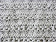 Materiales :   4 ovillos de lana (tipo bebé). se tricotacon los cuatro hilos a un tiempo.  Ag, nº 6-7  75 cm, de lazo.   Puntos emplead...