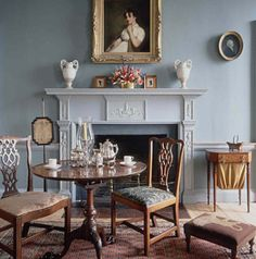 Federal Style dining room. I just love this room, Federal Style is so precise and efficient with a wonderful mix of feminine and masculine elements.