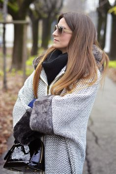 The pink carpet fashion blog by Lucy Diegoli, fashion blogger Bologna e Modena: Poncho + Ray-Ban giveaway last call!