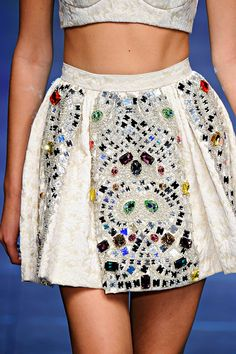 Dolce & Gabbana Spring 2012 RTW - Details - Fashion Week - Runway, Fashion Shows and Collections - Vogue