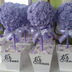 1 million+ Stunning Free Images to Use Anywhere Purple Wedding Centerpieces, Quinceanera Centerpieces, Free To Use Images, Flower Ball, Sweet 15, Party Favors, Finding Yourself, Valentines, Table Decorations