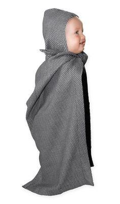 #BigWaffle #Babyhandtuch mit Kapuze aus #Bio-Baumwolle   Das Babyhandtuch wurde so aus der Zeichnung heraus sofort umgesetzt. Es ist praktisch und unvergleichlich angenehm auf der Haut. Durch das Big Waffle Verfahren bleibt es immer so schön weich und macht somit die Zeit nach dem Bad wunderbar kuschelig. Mit der Baumwolle von TOC lassen Sie nur beste und reinste Baumwolle an sich und Ihr Baby- frei von Chemikalien und Pestiziden. #Kontor1710