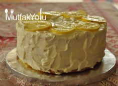 This lemon cake is a firm favorite in our house; it has a light, airy topping with just a hint of lemon, and a smooth, velvety lemon curd filling. the cake. Lemon Recipes, Cake Recipes, Dessert Recipes, Irish Fruit Cake Recipe, No Cook Desserts, Delicious Desserts, Gluten Free Lemon Cake, Lemon Curd Filling, Pudding Cake
