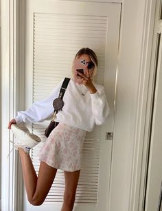 Cute Casual Outfits, Girly Outfits, Mode Outfits, Retro Outfits, Vintage Outfits, Casual Chic, Simple Outfits, Stylish Outfits, Casual Shorts Outfit