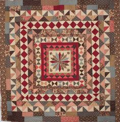 "What a great medallion quilt. I like the outer ""brick"" border, simple and scrappy Strip Quilts, Blue Quilts, Antique Quilts, Vintage Quilts, Quilting Projects, Quilting Designs, Petra Prins, Civil War Quilts, Quilt Border"