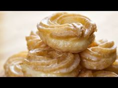 """delightful comprehensive video tutorial for Honey Crullers - Miodowe Paczki Parzone """"Gniazdka- Recipe from Ania's Kitchen Donut Recipes, Cake Recipes, Snack Recipes, Cooking Recipes, Snacks, Köstliche Desserts, Delicious Desserts, Yummy Food, Sweets"""