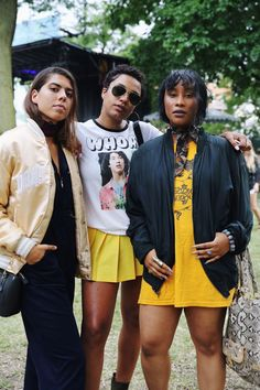 20+ Outfits That Prove Festival Style Is Still Alive & Well #refinery29 http://www.refinery29.com/2016/07/117121/pitchfork-music-festival-2016-street-style-pictures#slide-9 The color yellow tends to get a bad rap in fashion, but this squad proves otherwise....