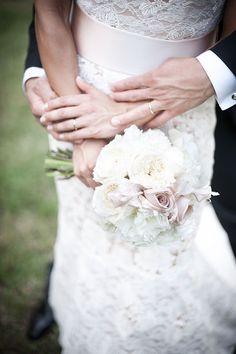 C'è qualcosa di veramente unico ed eccezionale in un matrimonio ideato e realizzato con una squadra di assoluti professionisti in un luogo davvero magico.Sfogliate una ad una queste immagini ed assaporate le emozioni che queste tinte pastello e tutta que…