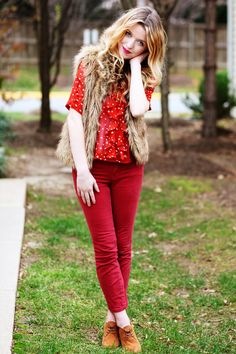 love these colors, but where do you find red pants like these!?!?!