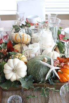 19 Flamboyant Console Table Ideas For Halloween – My World Fall Table, Thanksgiving Table, Thanksgiving Decorations, Seasonal Decor, Table Decorations, Centerpieces, Beach Decorations, Thanksgiving Celebration, Halloween Decorations