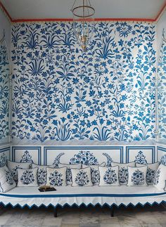 Bar-Palladio-Jaipur designed-by-Marie-Anne-Oudejans- Remodelista Blue And White China, New Blue, Blue Green, Interior Inspiration, Design Inspiration, Design Ideas, Style Marocain, Indian Interiors, Of Wallpaper