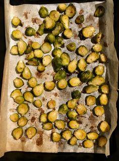 Rostad brysselkål | Fru Lilja Food N, Food And Drink, Sprouts, Healthy Living, Vegan Recipes, Vegetarian, Snacks, Dinner, Vegetables