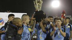 Uruguay alza la copa de campeón sudamericano sub-20+++