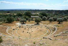 Theater of Locroi Epizephyrion, Greek colony in Calabria, Italy. Ancient Greek Theatre, Reggio Calabria, Calabria Italy, Places, Outdoor, Temples, Theater, Tourism, Fotografia