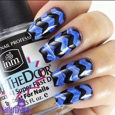 Wide zig zag taps from whatsupnails.com @whatsupnails