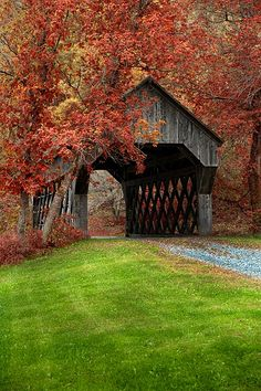 Covered bridge near Chelsea, Vermont bp. Covered bridges are great, If I win the Encore, I would love to take a trip through the countryside and through the covered bridges. Beautiful World, Beautiful Places, Simply Beautiful, Old Bridges, New England Fall, Autumn Scenery, Fall Pictures, Covered Bridges, Belle Photo
