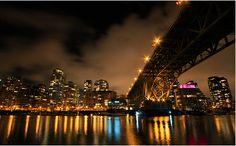 Digital Photography School: Night Photography Tips Landscape Photography Tips, Scenic Photography, Photography Classes, Photography Camera, Urban Photography, Night Photography, Landscape Photos, Life Photography, Photography Tutorials