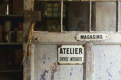 'instant parisien entree interdite