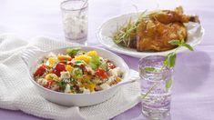 Ruokaisa couscous-salaatti sopii sellaisenaan illanistujaistarjottavaksi tai lisäkkeeksi esimerkiksi broilerin kanssa.