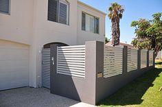 Most Popular Fence and Gate Design in Perth Western Australia: Slat fencing & pedestrian gate Fence Gate Design, Modern Fence Design, Tor Design, Wall Design, Fence Options, Fence Ideas, Boundary Walls, Grades, Entrance Ways