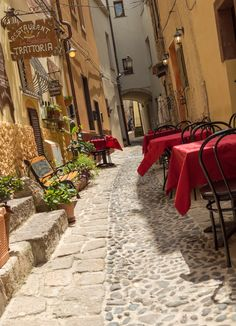 Castelsardo – put this colorful town in Sardinia on your list - Summer & Beaches - Travel Bench