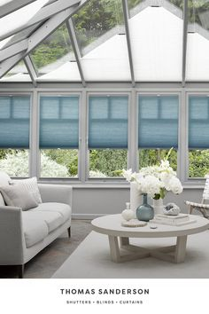 Any room that has a lot of glass, but especially conservatories and orangeries, can suffer from extremes of temperature. Duette blinds have a unique cellular structure that helps regulate the temperature all year round. And with over 25 years' design expertise, we'll create a perfect fit for even the most complex window and roof shapes, including traditional lantern roofs. Vintage White Bedroom, Modern Scandinavian Interior, Modern Interiors, Conservatory Interiors, Beaded Door Curtains, Bungalow Extensions, Metal Hanging Planters, Roof Shapes, Traditional Lanterns