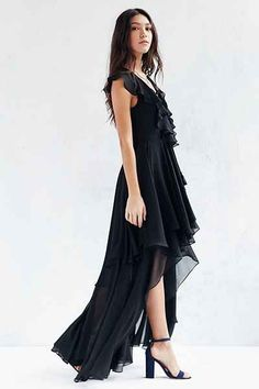 fb4c5a8622 The Jetset Diaries Dio Lace-Up Maxi Dress