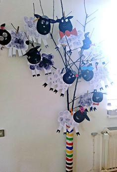 Tvoříme s dětmi ☺: Velikonoce Preschool, Crafts, Easter Eggs, Preschools, Creative Crafts, Early Elementary Resources, Handmade Crafts, Kindergarten, Arts And Crafts
