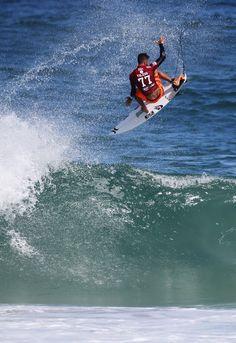 Filipe Toledo flying high